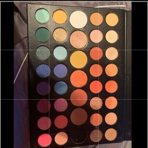 James Charles Morphe palette